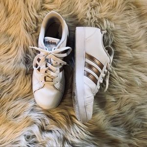 ROSE GOLD ADIDAS NEO CLOUDFOAM SNEAKERS (GREAT)